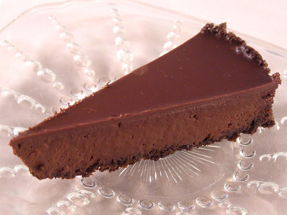 Chocolate glazed chocolate tart