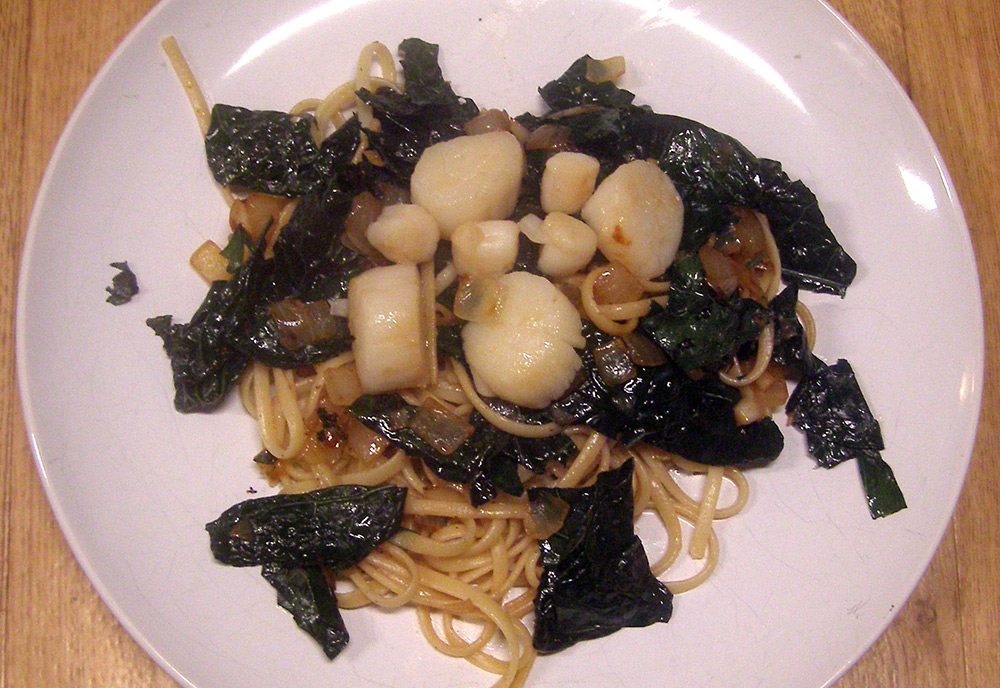 Scallops with Kale over Pasta recipe